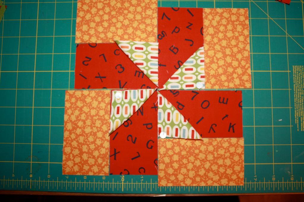 BLOCK ONE Zigs Pinwheels Orange Red Multi